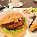 エリアなかいち内にあるパン屋さん、グリッシーニの照り焼きハンバーガーは結構好きかも。